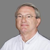 dr. A.  Hoofwijk