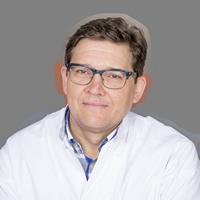 dr. B.  Maesen