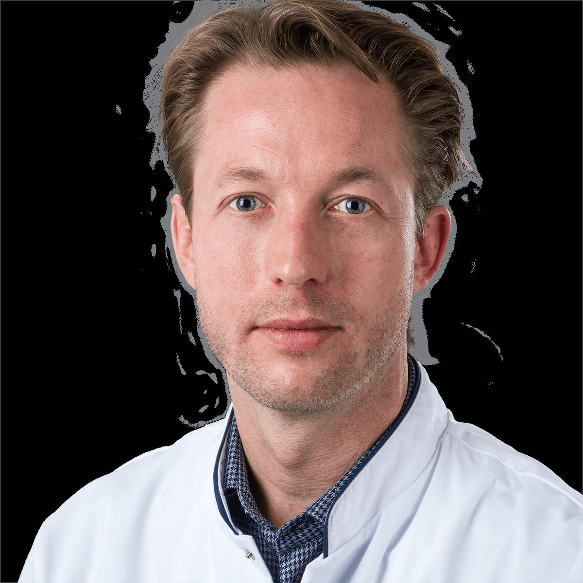 dr. P.  Kubben