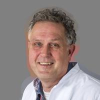 dr. P.  Voogt