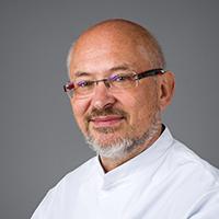 dr. R.  Bianchi