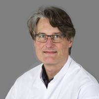 dr. T.  Lenderink